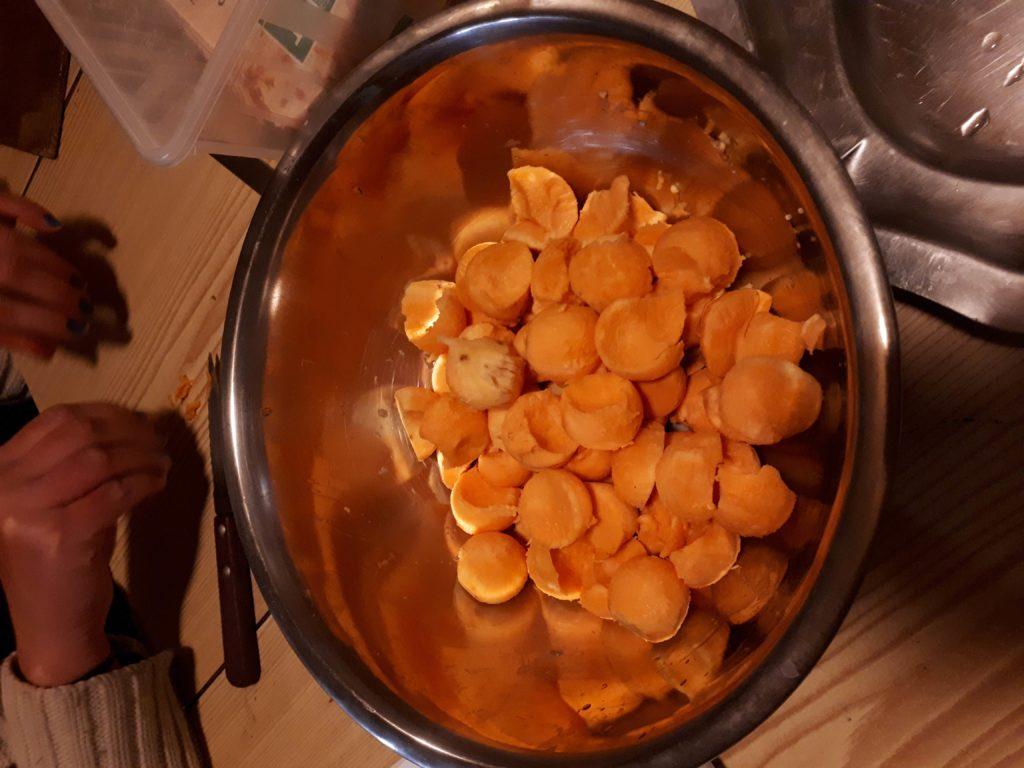 Boules de patates douces crues
